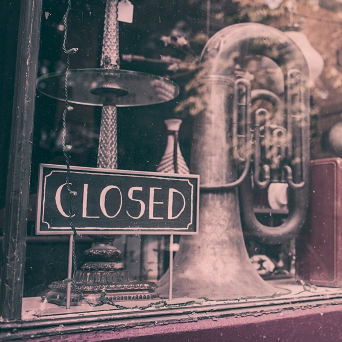 Office-closed-sign